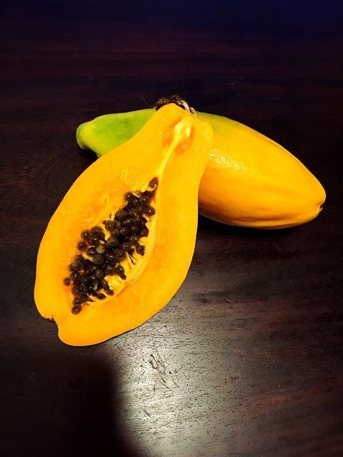 ハワイ フルーツ 新鮮